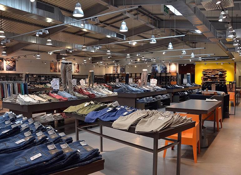 Joker Jeans , Fabrikverkauf Mode Sälzerstr. 6, Ilsfeld